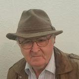 Darrell-in-a-hat